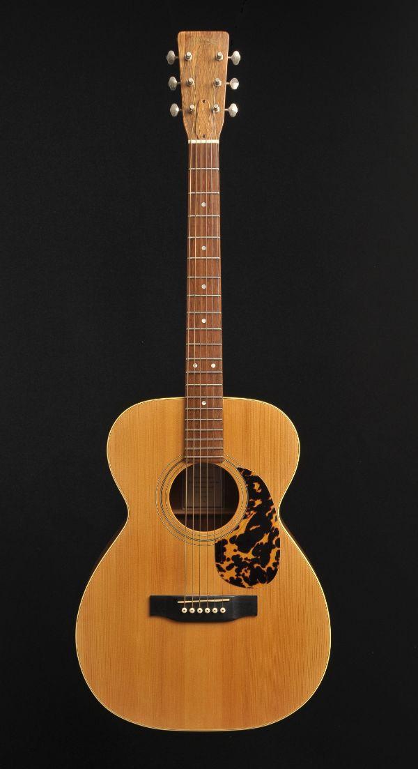 Walnut auditorium Wout Bosma guitars De Luthiers Dordrecht (3)