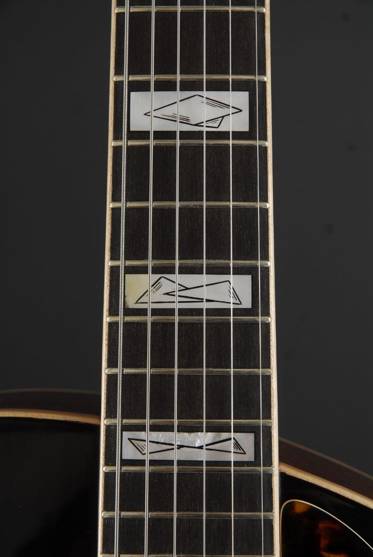Classic 2006 Fingerboard Wout Bosma Jazz Guitar DordrechtAsym, Wout Bosma, Inleg detail
