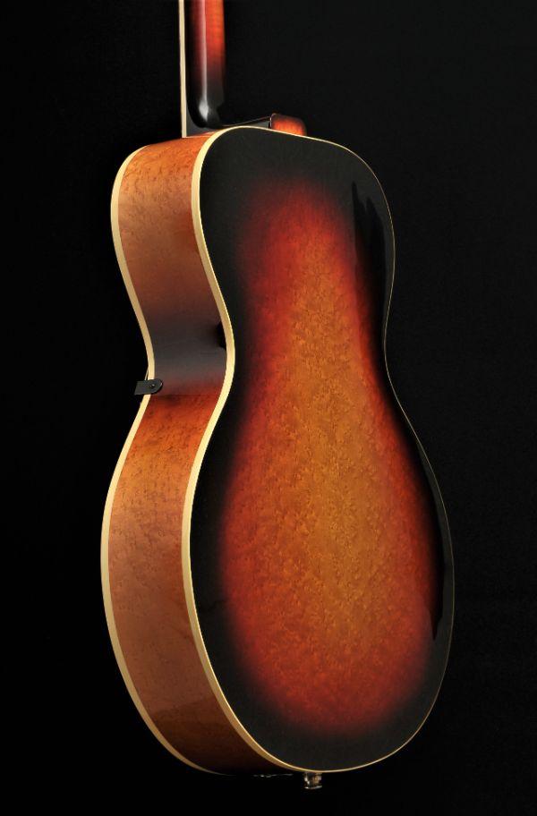 Laminated birdseye maple 16 inch Wout Bosma Jazz-Guitar Dordrecht